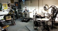 Mundo Geek | Banda de Metal integrada por Robots (Video)
